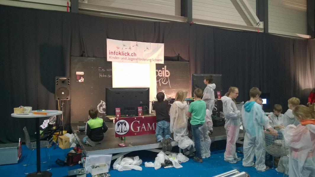 Grosser Andrang beim GameRights-Stand an der LUGA 2014